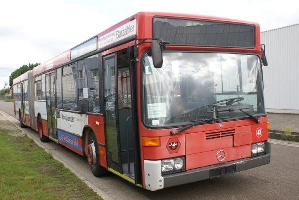 MERCEDES-BENZ O 405 GN city bus