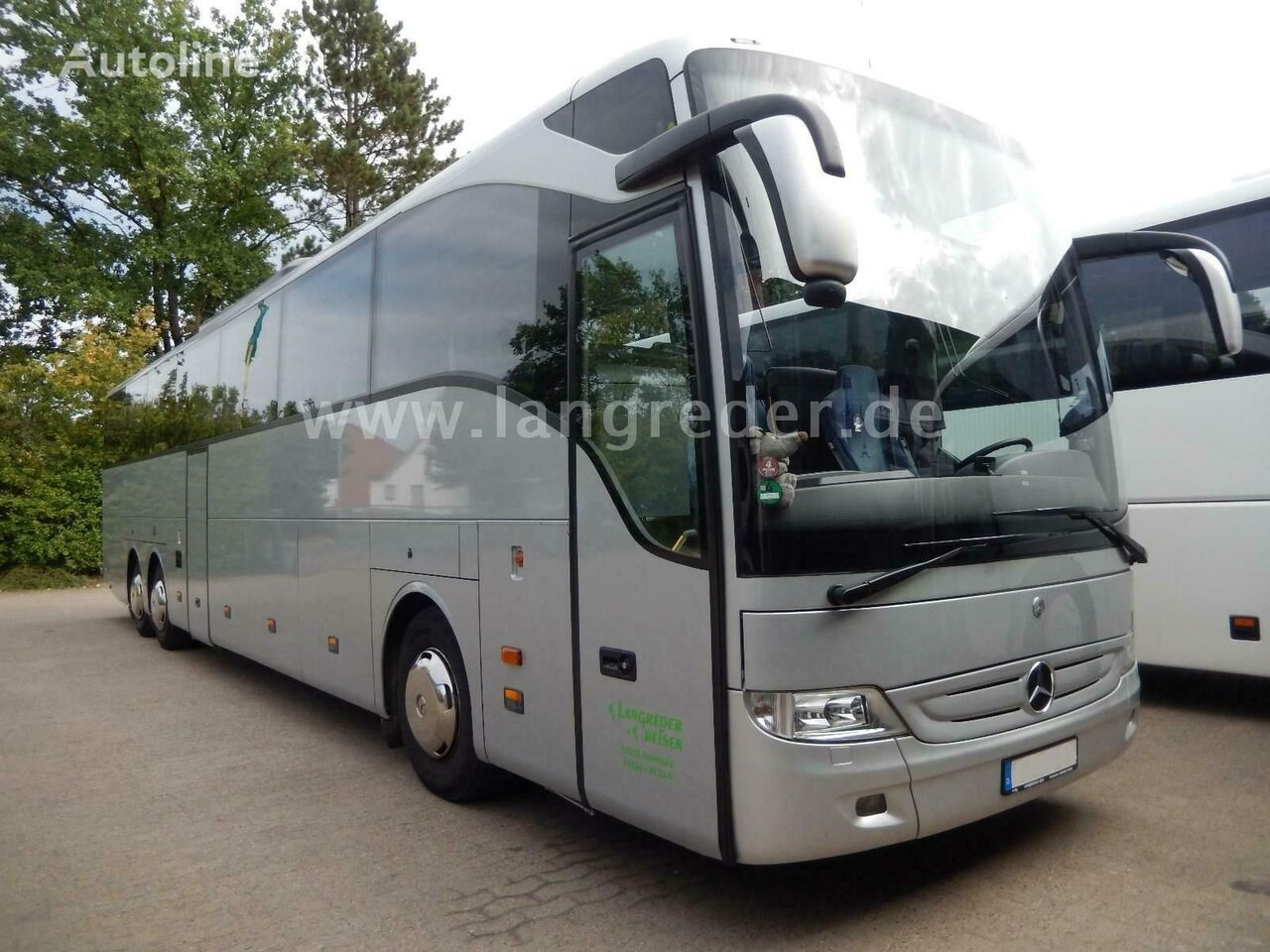 MERCEDES-BENZ Tourismo RHD-L coach bus