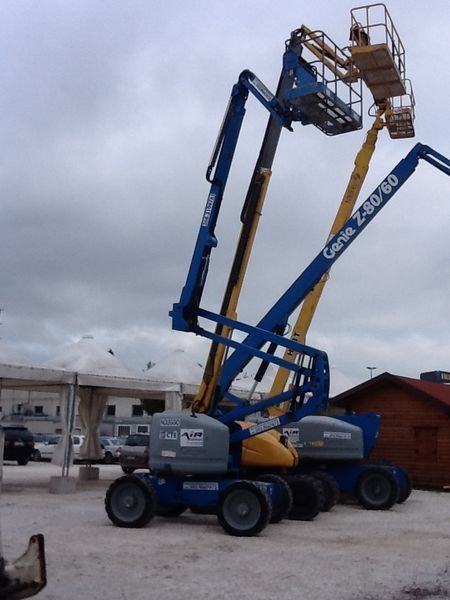 GENIE Z51 /30 JRT articulated boom lift