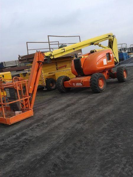 JLG 600 AJ   4*4*4 articulated boom lift