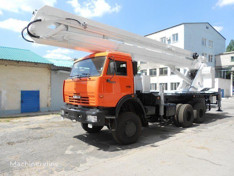 KAMAZ VS-32  bucket truck