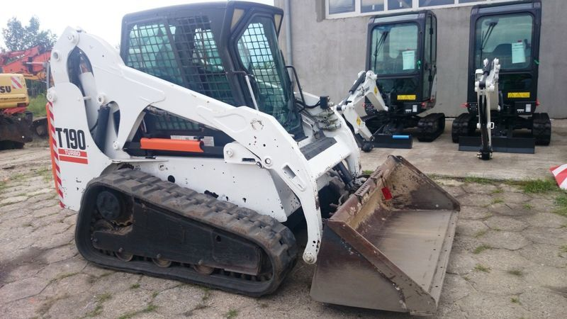 BOBCAT T190 High Flow compact track loader