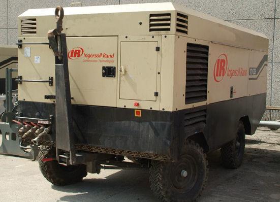INGERSOLL RAND 21/215 XHP760 compressor