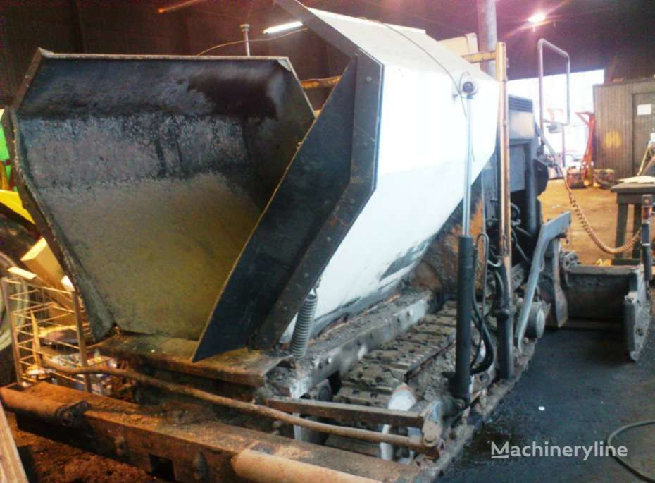 ABG ROAD MASTER RM 220 crawler asphalt paver