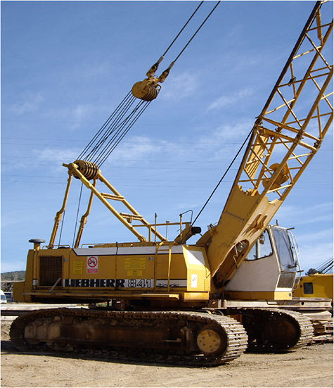LIEBHERR HS841HD crawler crane