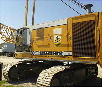 LIEBHERR HS852HD crawler crane