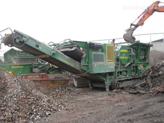 McCLOSKEY J44 crushing plant