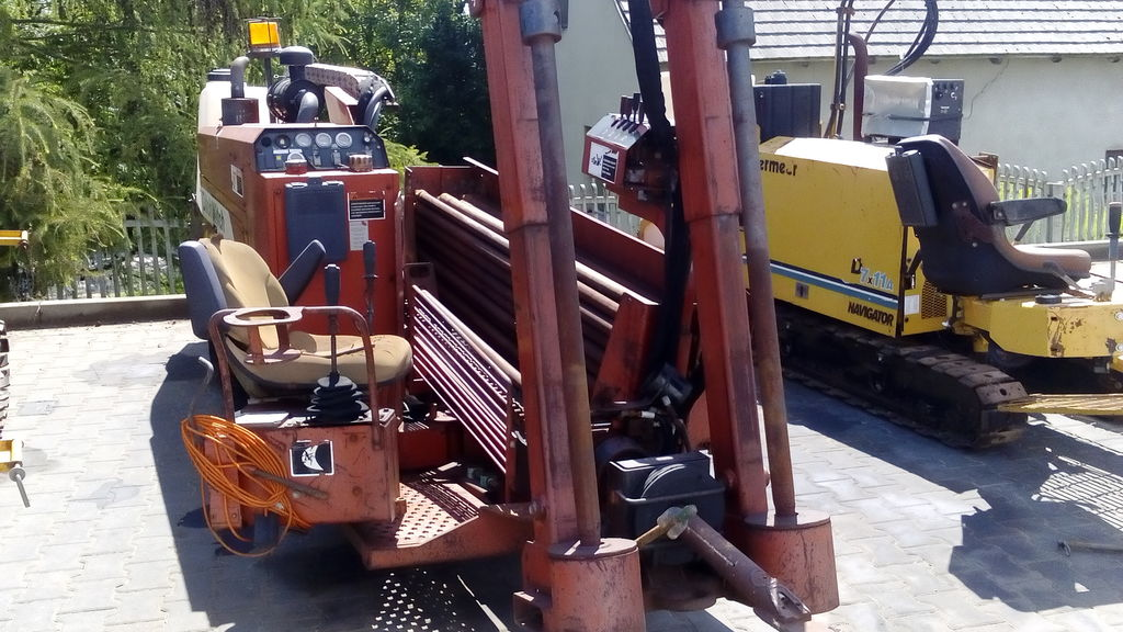 DITCH-WITCH JT920 horizontal drilling rig