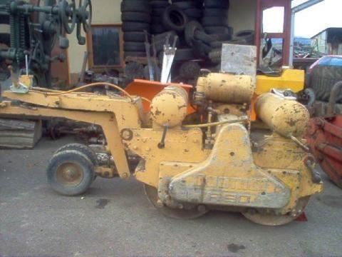 DUOMAT R 90 mini road roller