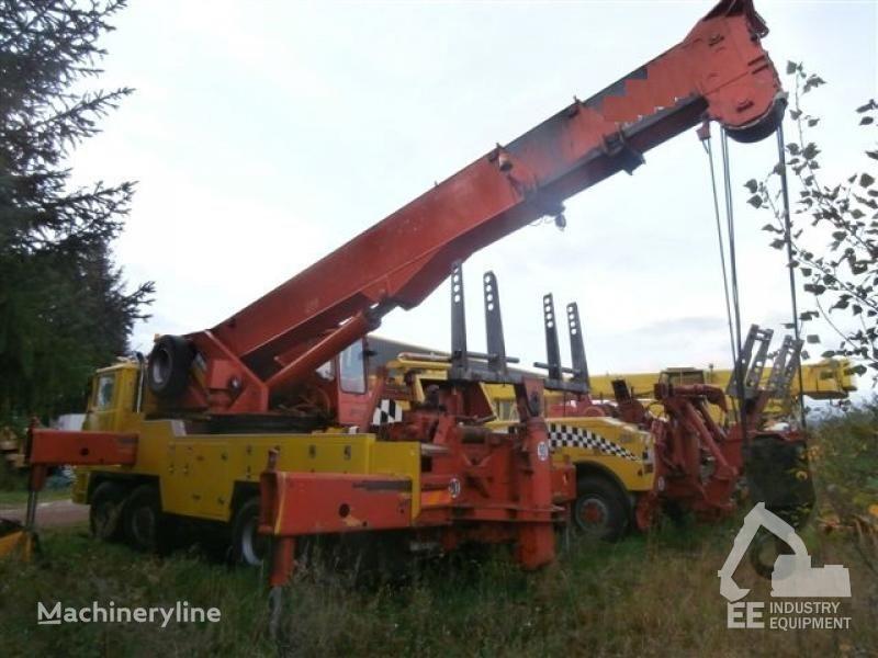 PINGUELY TT 586 mobile crane