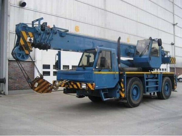 PPM ATT 400 mobile crane