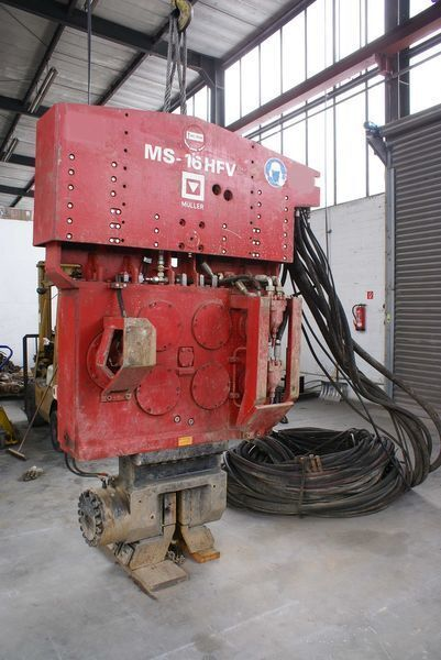 Vibropogruzhatel Muller M16HFV i Power pack MS-A260  other construction equipment