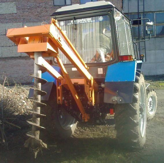 Yamokopatel (yamobur) navesnoy marki BAM 1,3 na baze traktora MTZ other construction equipment