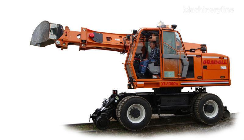 new GRADALL XL 3300 rail excavator