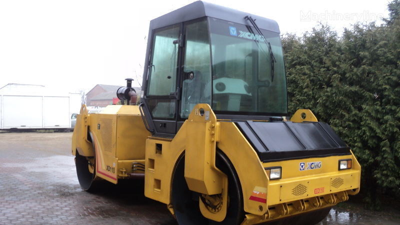 XCMG XD110 road roller