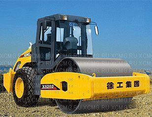 new XCMG XS202 single drum compactor