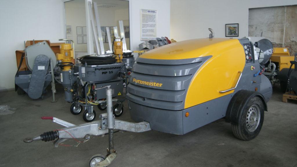 PUTZMEISTER M 740 D stationary concrete pump