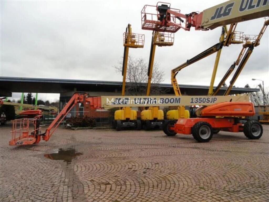 JLG 1350JSP telescopic boom lift