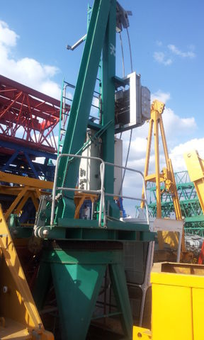 POTAIN JASO J 5010 con base, opcion cabina tower crane