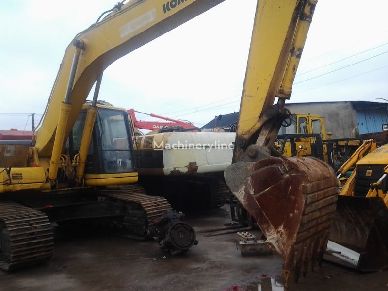 KOMATSU PC220-6 tracked excavator