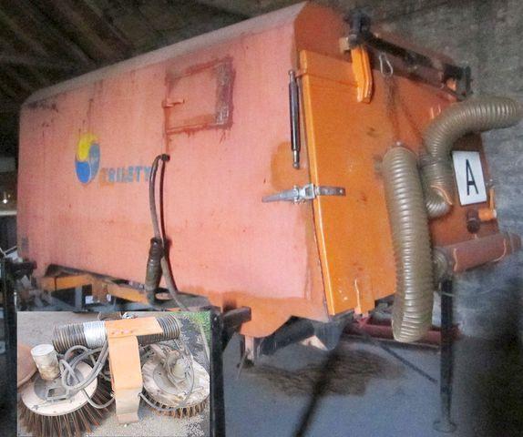 3.5 m3 zametač nástavba Trilety MKV (hydraulic brush