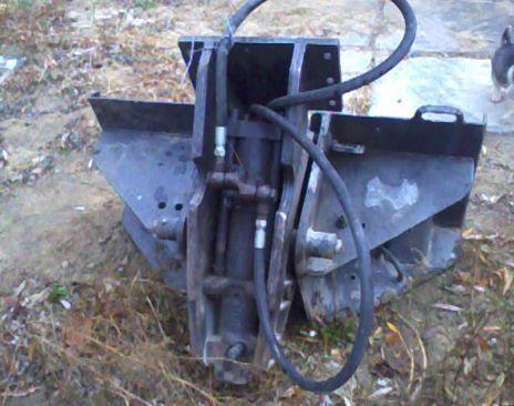 BOBCAT T300 hydraulic breaker