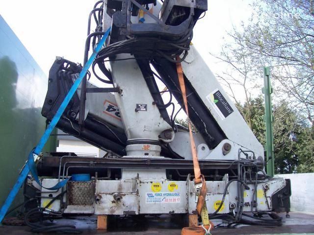 PM - 31024 (Italiya) loader crane