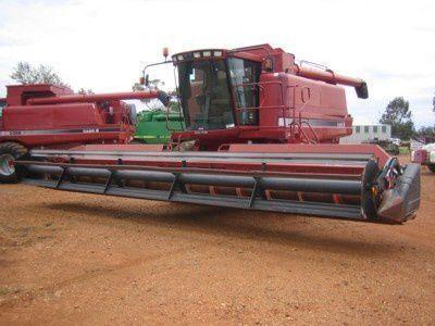 CASE IH 2388 combine-harvester