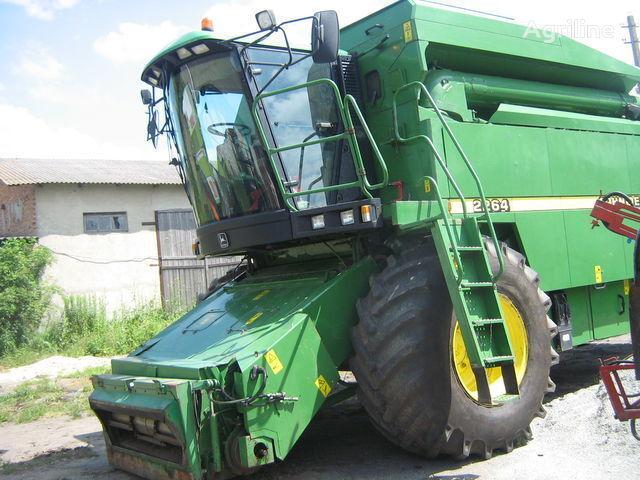 JOHN DEERE 2264 combine-harvester