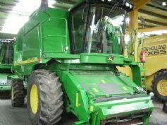 JOHN DEERE 9640i WTS combine-harvester