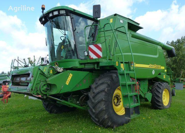 JOHN DEERE 9680  WTS combine-harvester