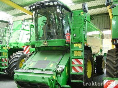 JOHN DEERE WTS9640i combine-harvester