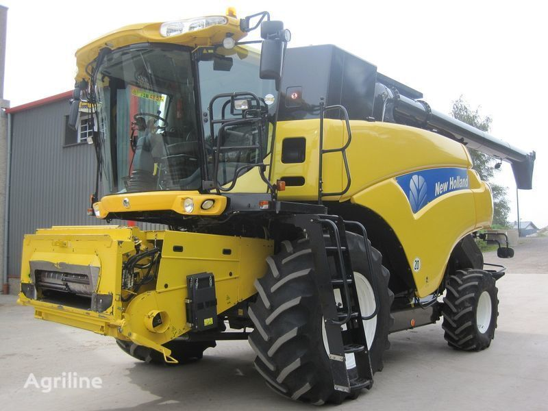 NEW HOLLAND CR 9080 Elevation HD  combine-harvester