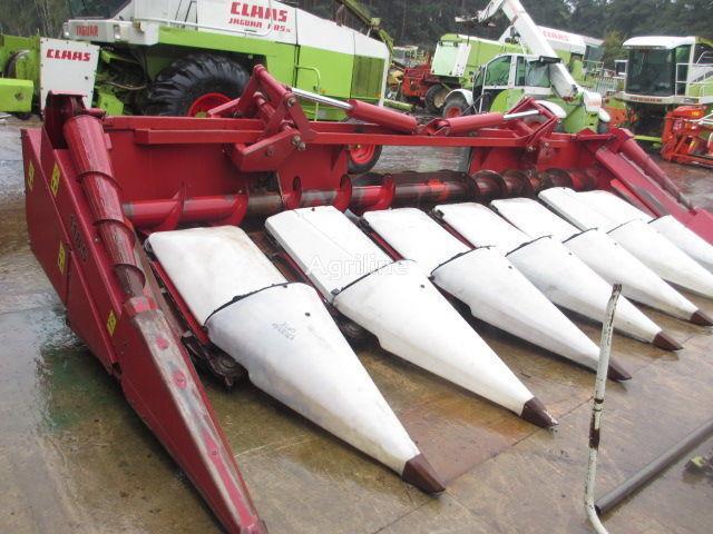 CASE IH 1185 maize header