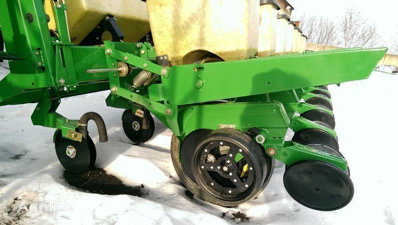 JOHN DEERE 7000 NOVAYa komplektaciya + mechanical precision seed drill