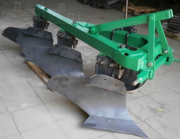 new PLN 3-35 plough