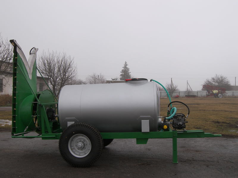 new Vezuviy-2000MN trailed sprayer