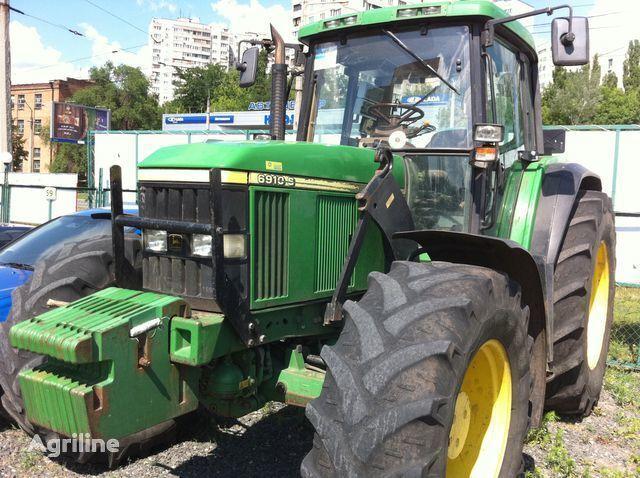 JOHN DEERE 6910 wheel tractor