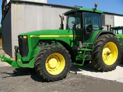 JOHN DEERE 8300 wheel tractor