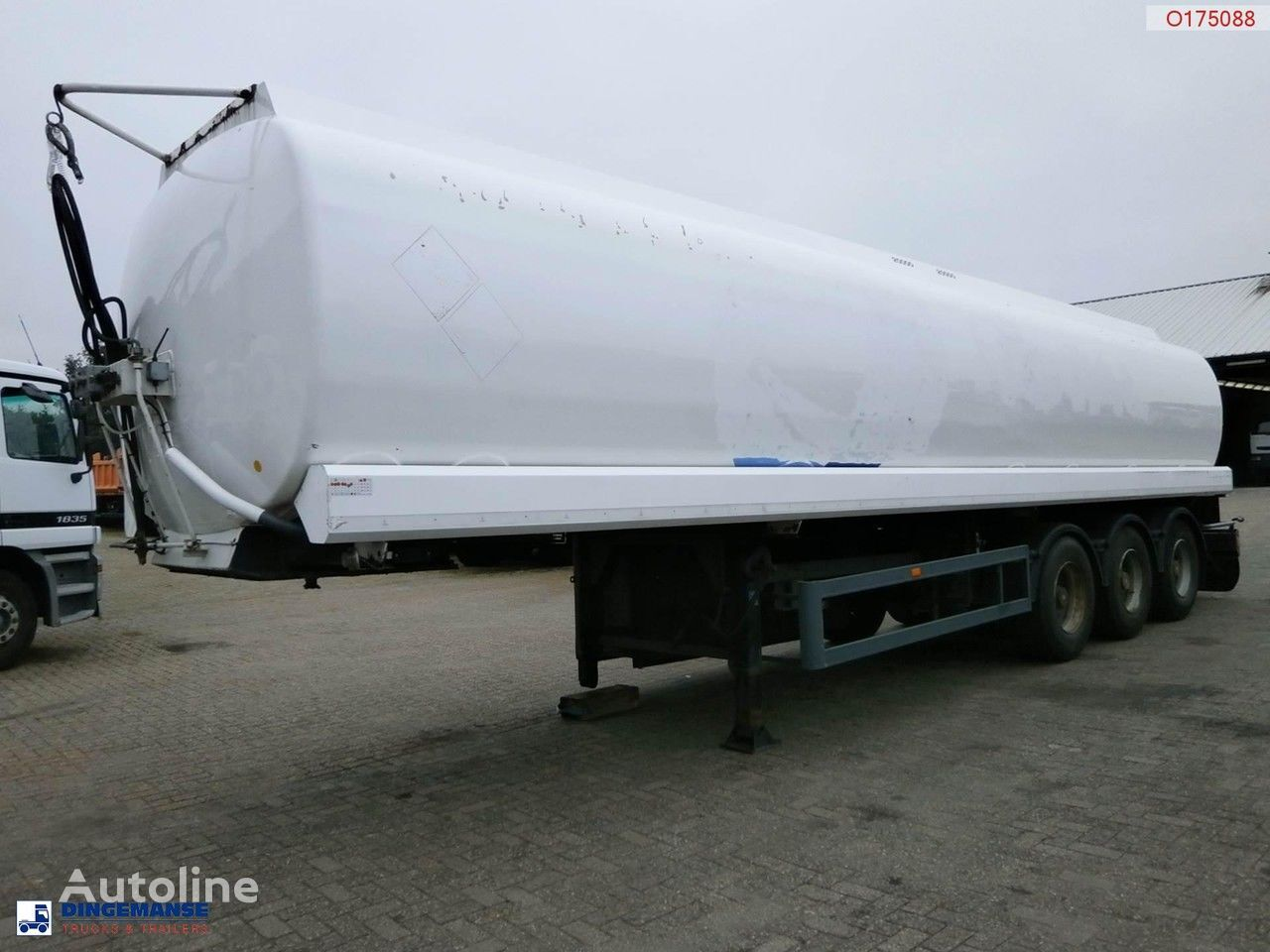 EKW Fuel tank 40 m3 / 2 comp + PUMP / COUNTER fuel tank trailer