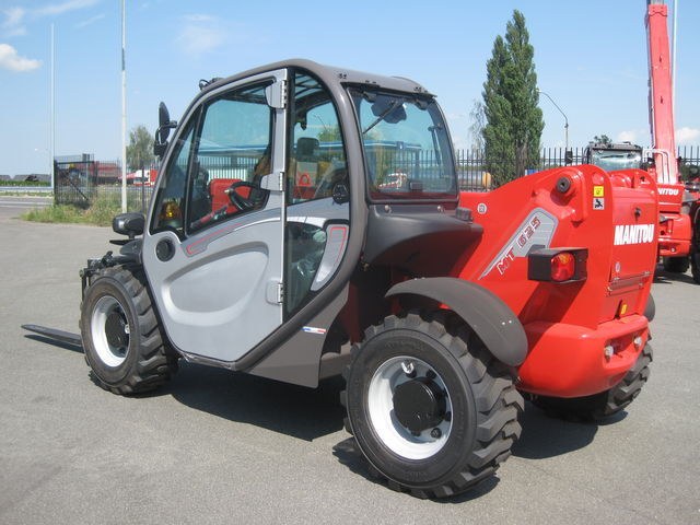 new MANITOU MT-625T telescopic handler