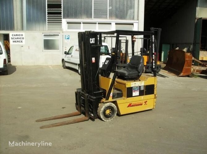 CATERPILLAR EP15T three-wheel forklift