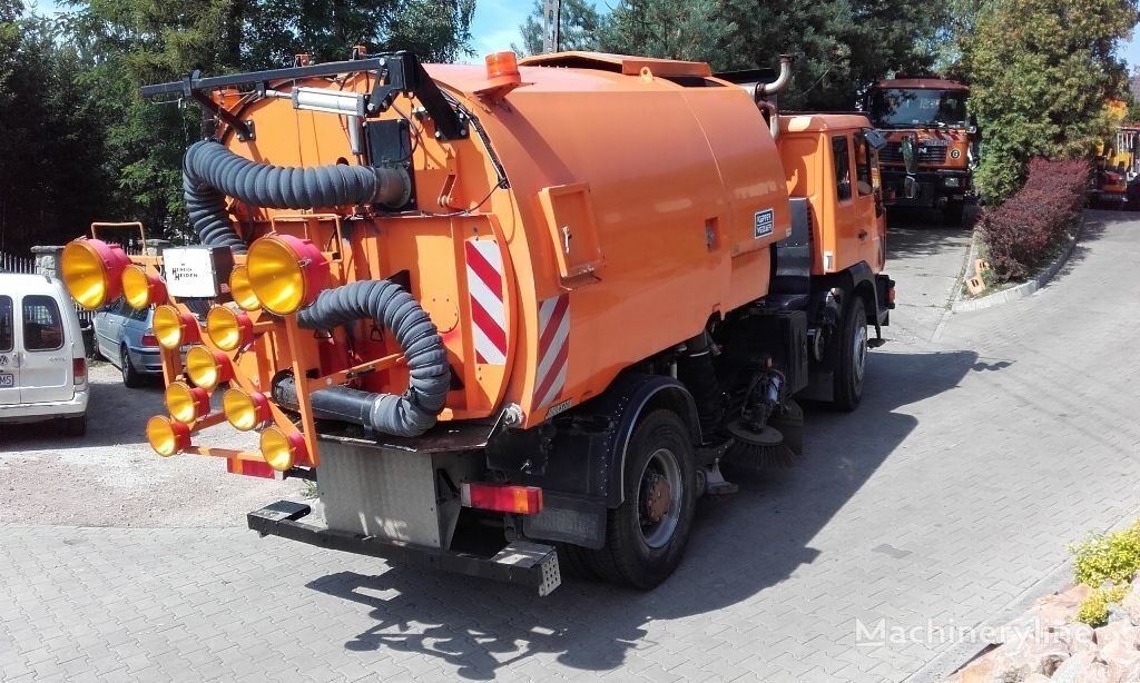 MAN 18.255 Johnston road sweepers for sale, sweeping ...