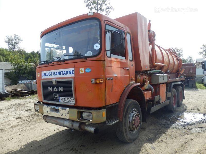 MAN 26.240 6x6 vacuum truck