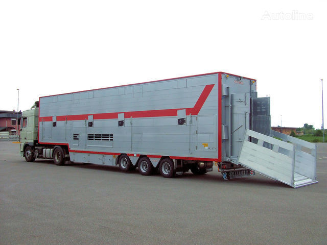 new PEZZAIOLI SBA31 1+2 livestock semi-trailer