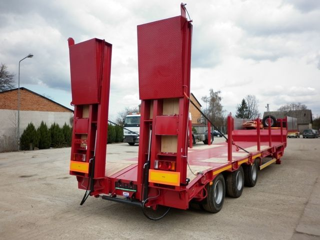 new JANMIL  WABCO with ramps 30000 kg  low bed semi-trailer