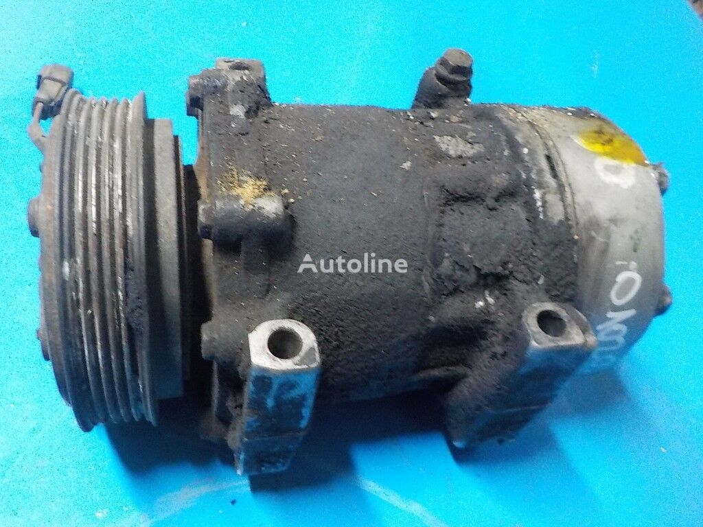 Renault air conditioner compressor for truck