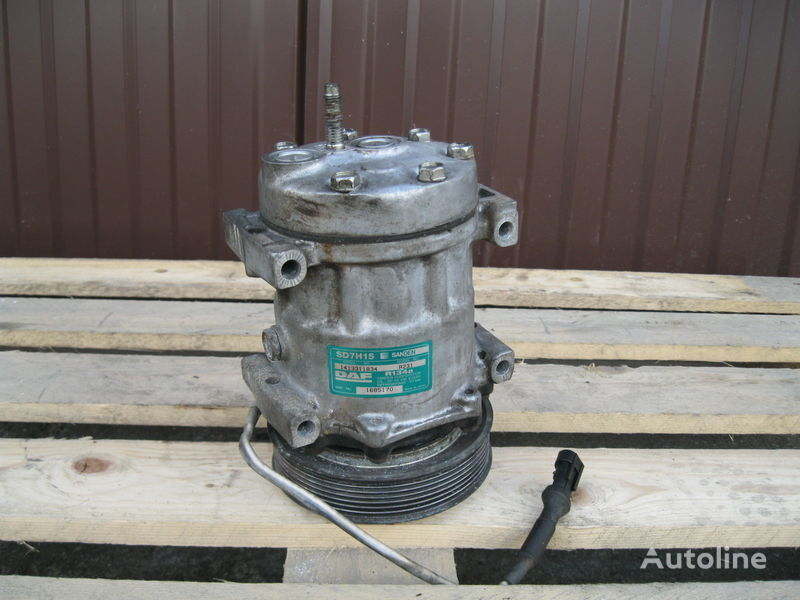 air conditioner compressor for DAF XF 105 / CF 85 tractor unit