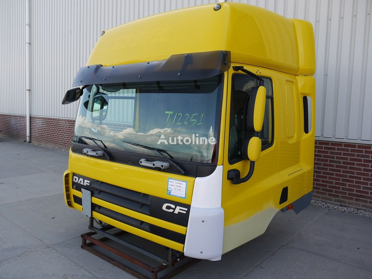 damaged cab for DAF CF75 SPACE CAB tractor unit