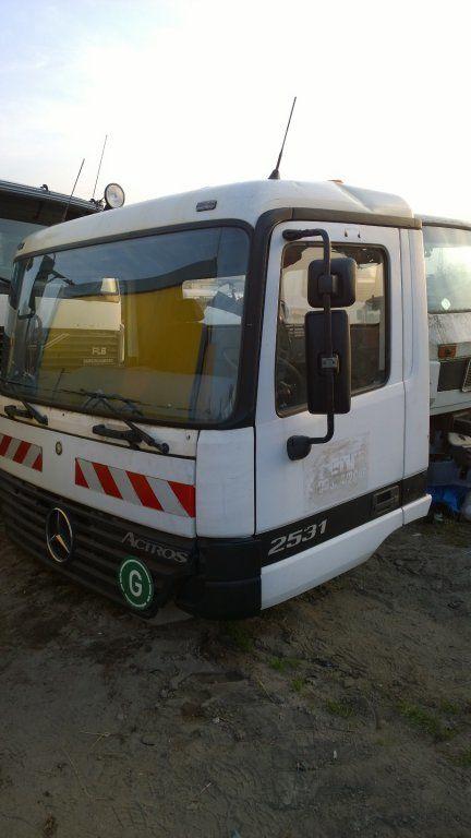 cab for MERCEDES-BENZ Actros Budowlana dzienna 11500 zl truck